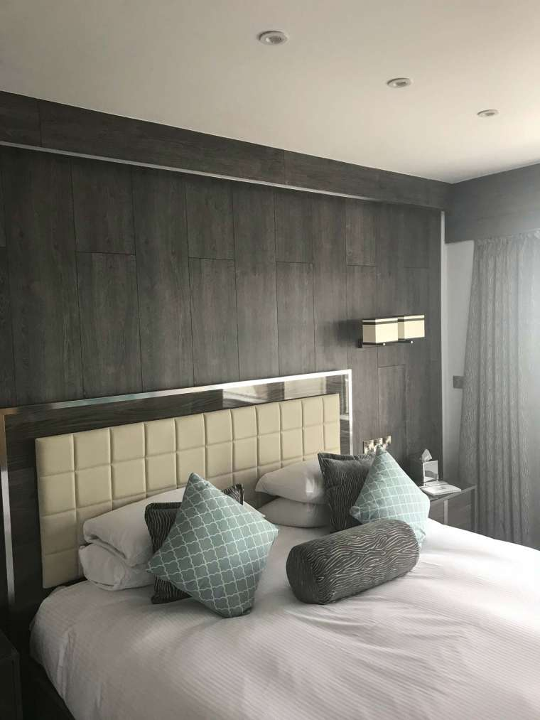 Hotel Bedroom Fit Out - Emerald Painters Portfolio