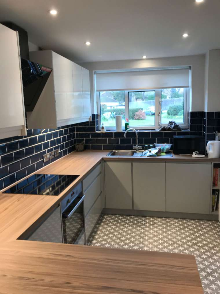 Kitchen Fitting for a Private Client in Southbourne, Bournemouth including all the Plastering, Electrics, Plumbing and Tiling - Emerald Painters Portfolio