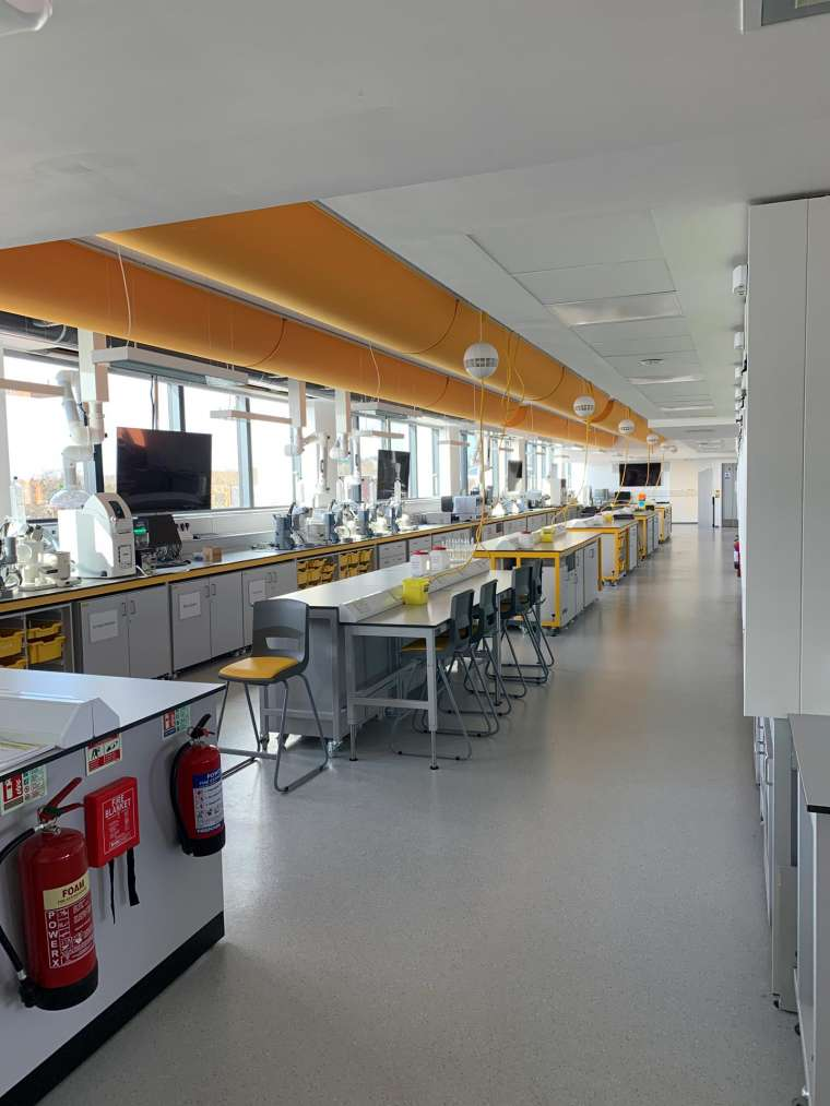 Southampton University - Painting of Chemistry Labs by Emerald Painters