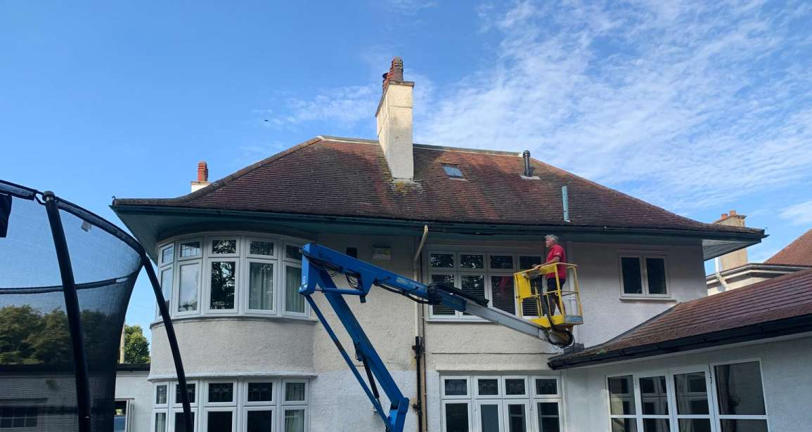 Featured - Exterior Decorating of a Large Household in Bournemouth by Emerald Painters